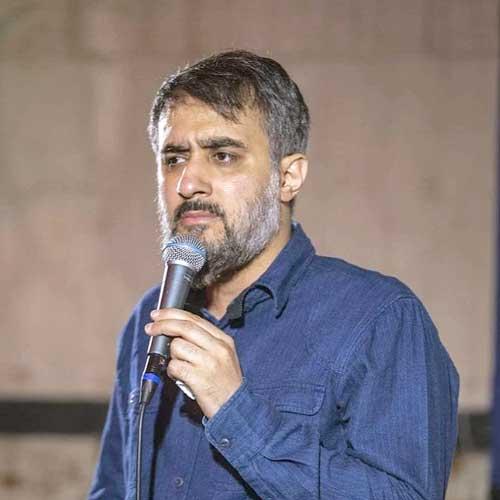 دانلود مداحی محمد حسین پویانفر دنیا محل گذره ولی از روضه هات نه